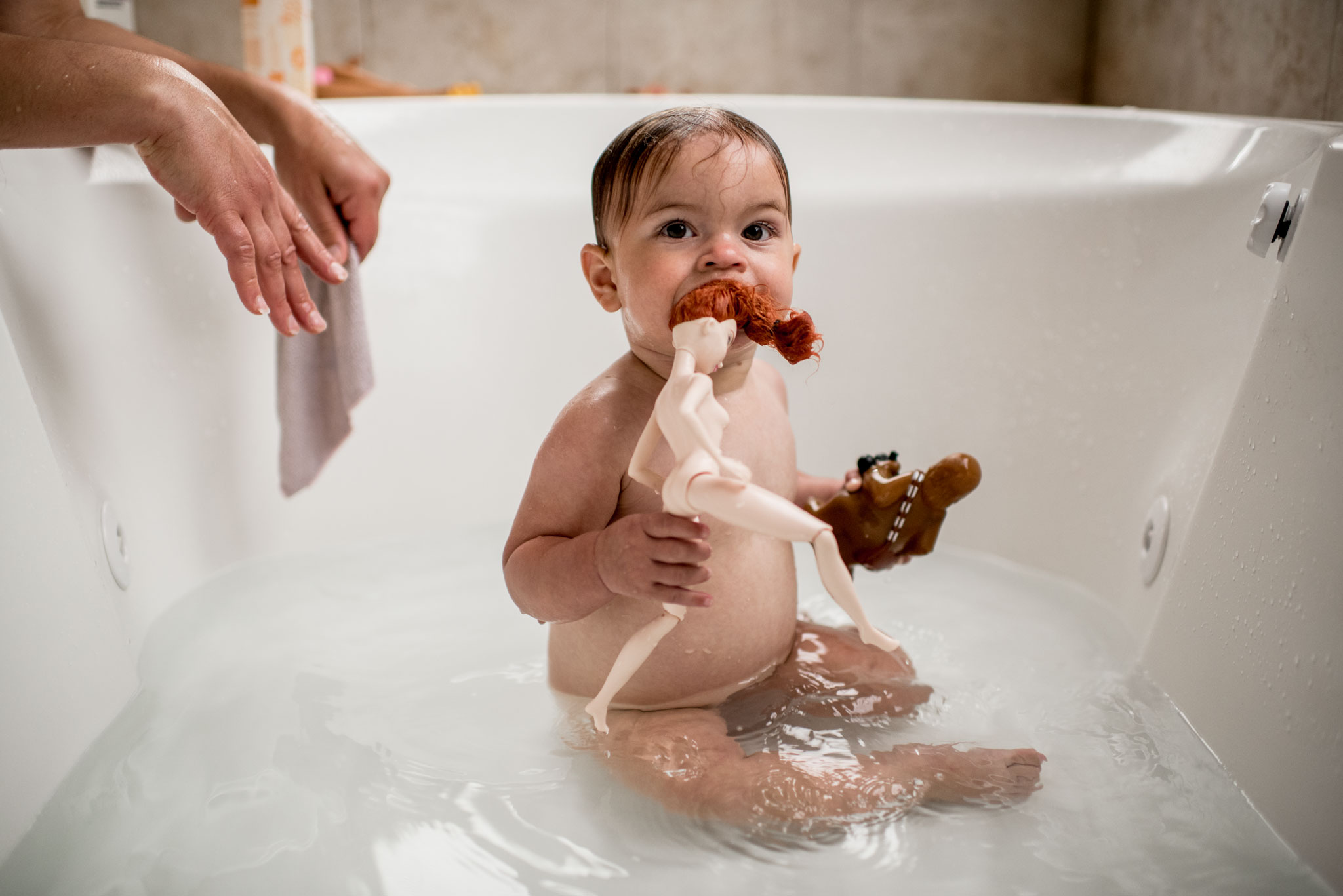 spokane_photographer_baby_in_bath