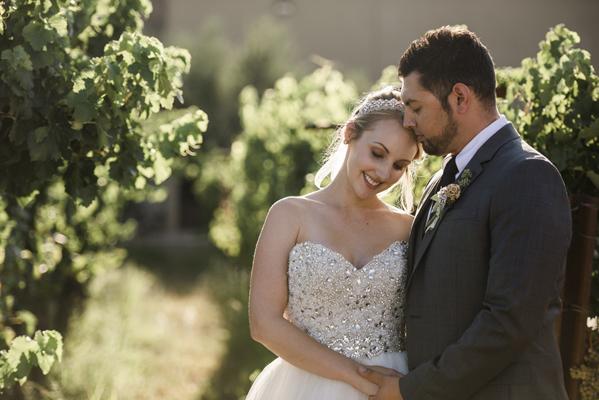 groom-and-bride-in-vineyard