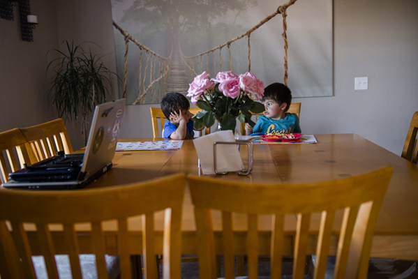 boys-at-dinner-table-spokane-photographer