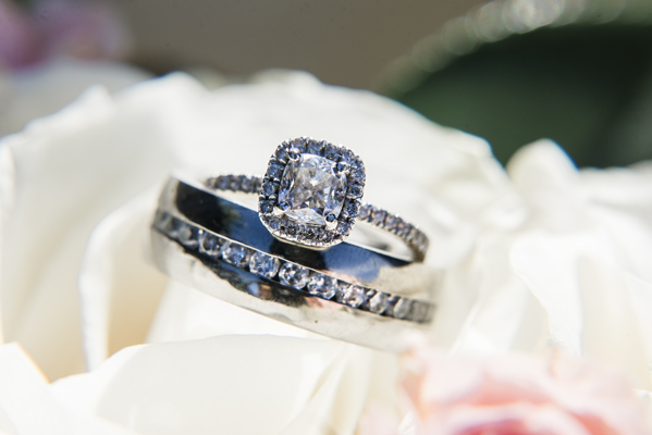 wedding-rings-spokane-photographer