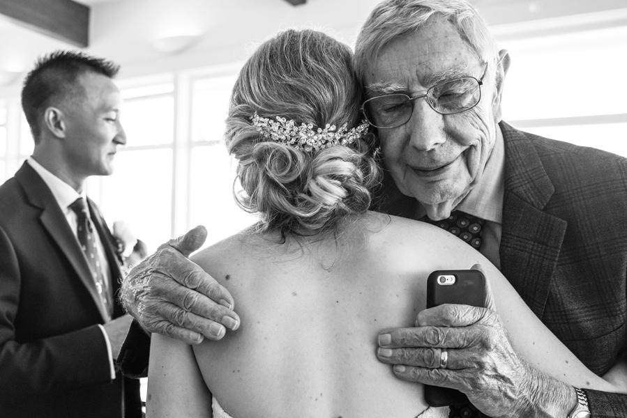 spokane wedding photographer hugging